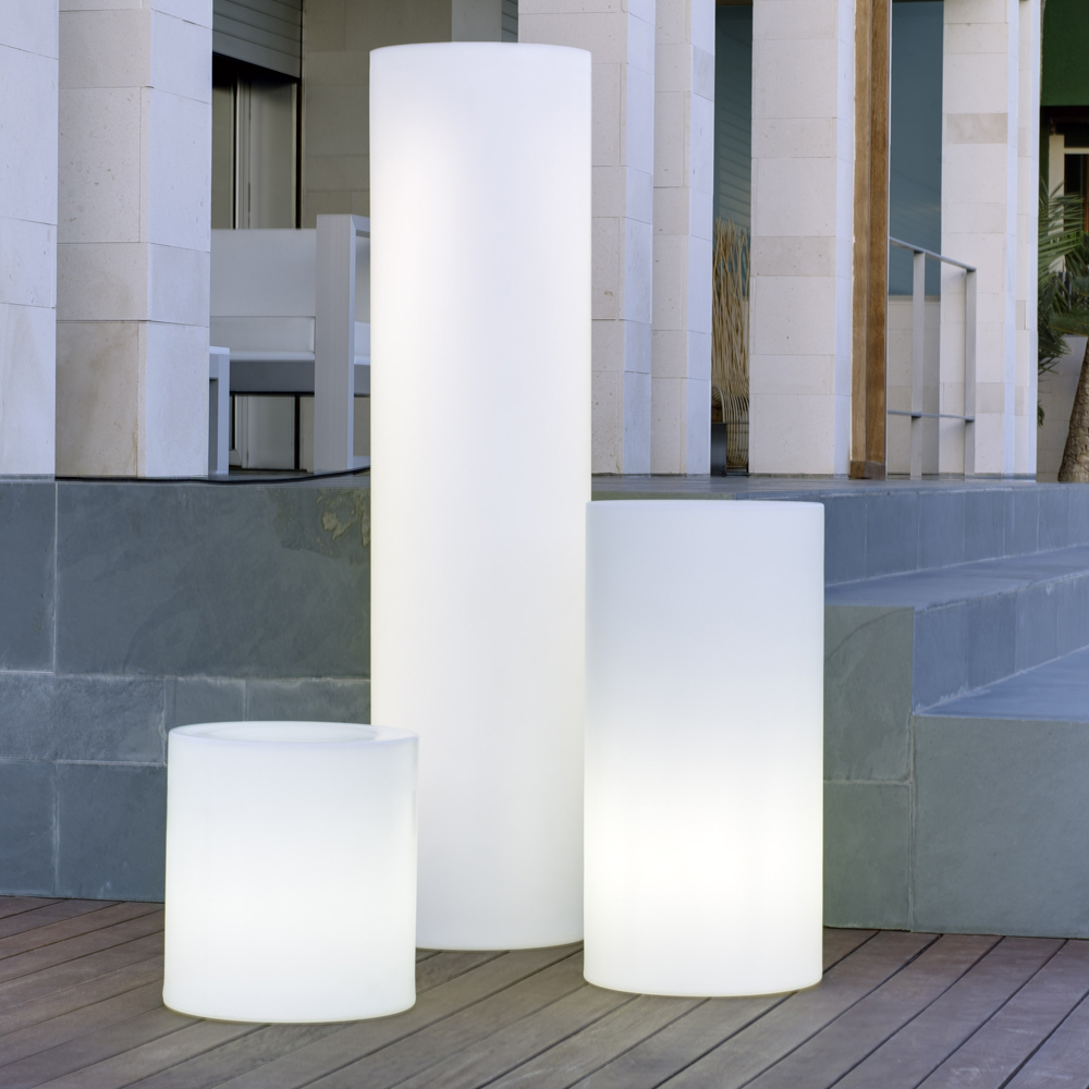 luminaires terrasse bois composite am nagement ext rieur paysagiste sai. Black Bedroom Furniture Sets. Home Design Ideas